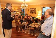 SAO PAULO - 16.08.2012. ANDREA MATARAZZO 45450. O candidato a vereador Andrea Matarazzo participa de reunião com apoiadores na casa do ex-governador Alberto Goldman. São Paulo, Brasil, agosto 16, 2012. DANIEL GUIMARÃES