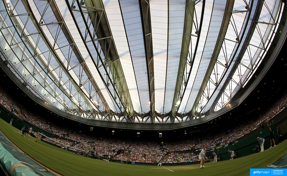 Andy Murray, Great Britain, in action against Stanislas Wawrinka, Switzerland, with the Centre Court roof closed at the All England Lawn Tennis Championships at Wimbledon, London, England on Monday, June 29, 2009. Photo Tim Clayton.