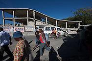 PORTO PRINCIPE, PP, HAITI, 16/01/10, 08h49 (horario local): TERREMOTO NO HAITI:  Vitimas do terremoto no Haiti, cidade de Porto Principe. (foto: Caio Guatelli/Folha Imagem)