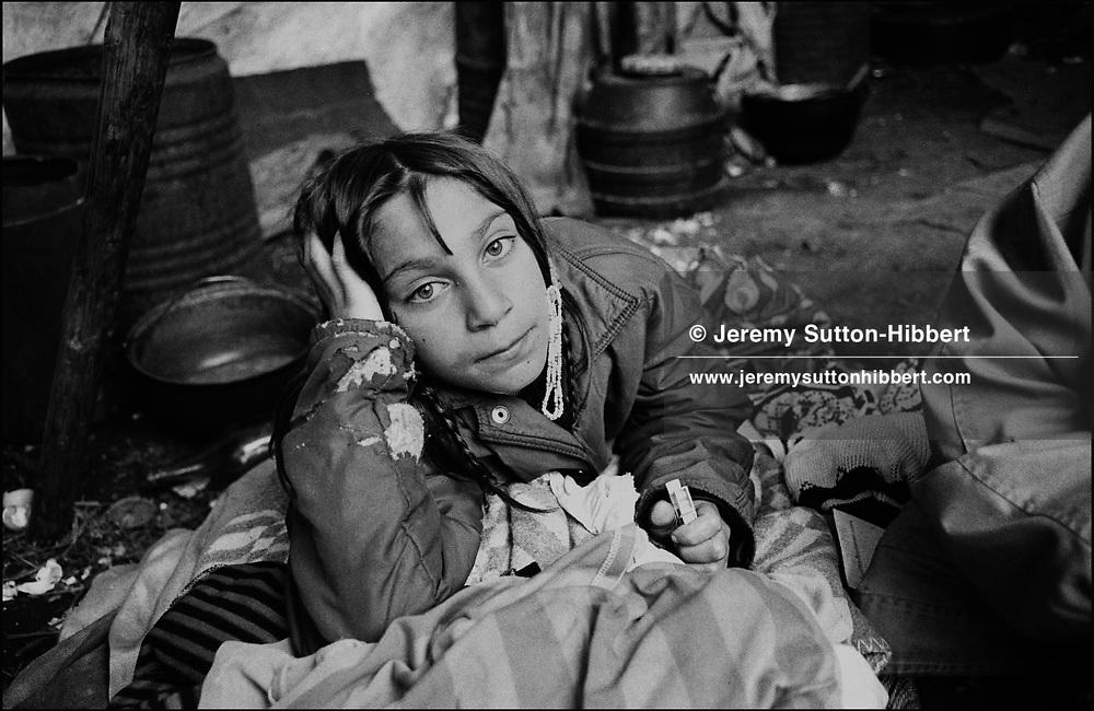 JETA MIHAI, SINTESTI, ROMANIA. APRIL 1993..©JEREMY SUTTON-HIBBERT 2000..TEL./FAX  +44-141-649-2912..TEL. +44-7831-138817..EMAIL J.S.HIBBERT@BTINTERNET.COM