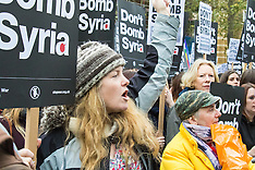 """2015-11-28 Thousands in London """"Don't Bomb Syria"""" protest"""