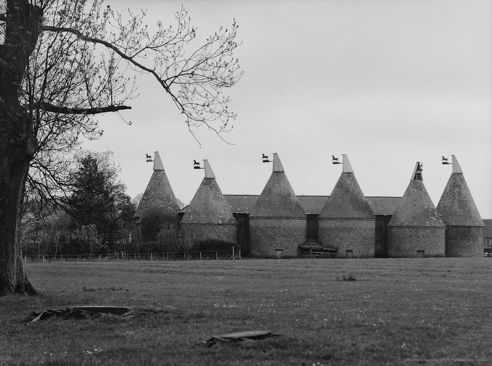 Oast Houses, Pluckly, Kent, England, 1932
