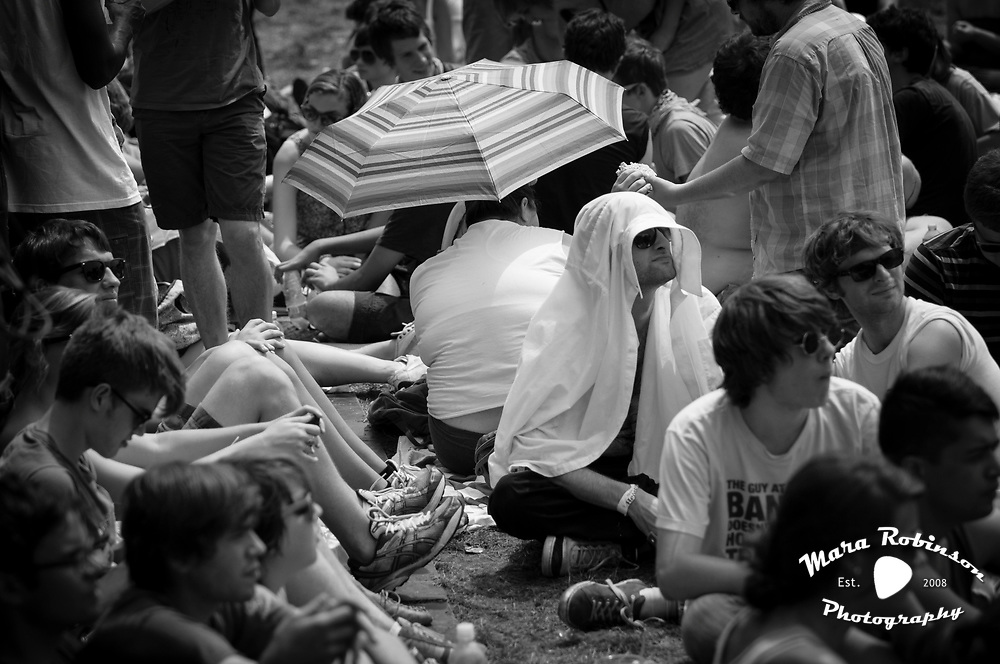 Crowd at Pitchfork Music Festival 2011 by Mara Robinson