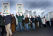21/1/2008.free picture no charge for use.Pig farmers pictured at an IFA protest at the Callan Bacon plant in Callan county Kilkenny yesterday morning..Picture Dylan Vaughan.