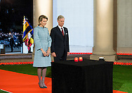 PLOEGSTEERT - King Philippe of Belgium and Queen Mathilde of Belgium attend a First World War commemoration, in Ploegsteert, Belgium, 17 October 2014. The Lichtfront will illuminate the front line of 1914, with 8,400 torchbearers to form a human chain stretching about 84 kms along the line where the Western Front stood before battle.  COPYRIGHT ROBIN UTRECHT