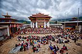 Bhutan: Phobjikha valley, the  Gangte, monastery tsechu