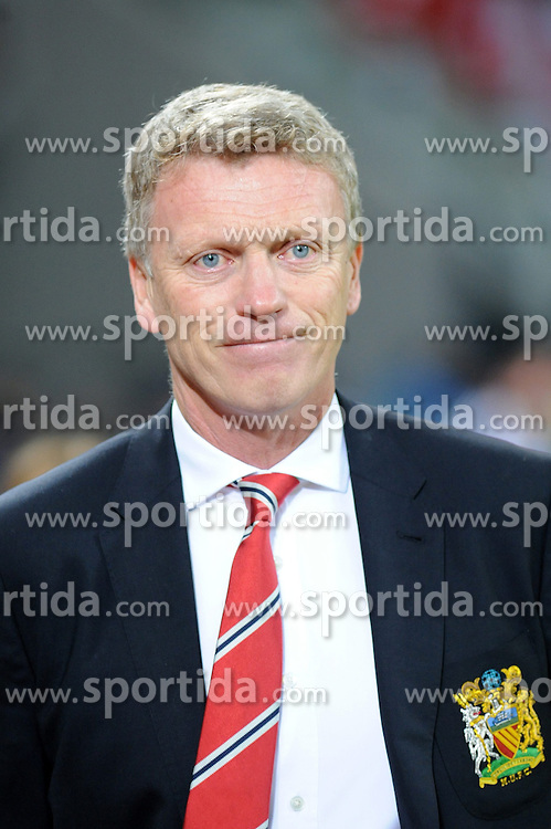27.11.2013, BayArena, Leverkusen, GER, UEFA CL, Bayer Leverkusen vs Manchester United, Gruppe A, im Bild Trainer David Moyes ( Manchester United / Einzelmotiv / angeschnittenes Einzelmotiv ) mit einem Grinsen im Gesicht // during UEFA Champions League group A match between Bayer Leverkusen vs Manchester United at the BayArena in Leverkusen, Germany on 2013/11/28. EXPA Pictures &copy; 2013, PhotoCredit: EXPA/ Eibner-Pressefoto/ Thienel<br /> <br /> *****ATTENTION - OUT of GER*****