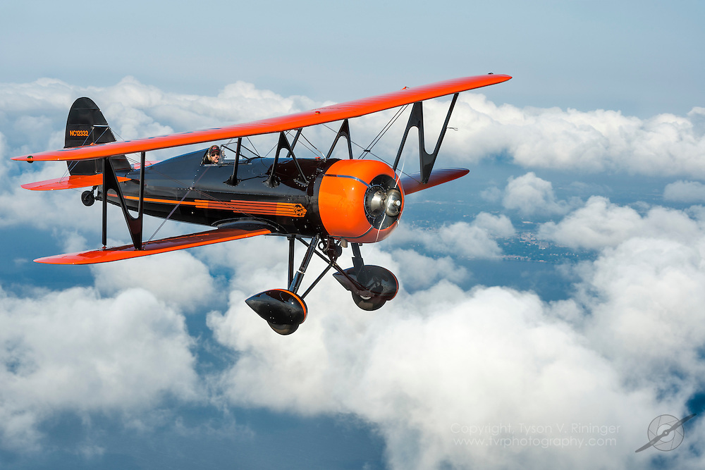 Curtiss-Wright CW-B14B Speedwing De Luxe, NC12332<br /> Pilot Mike Rinker<br /> Photo Pilot Bruce Moore