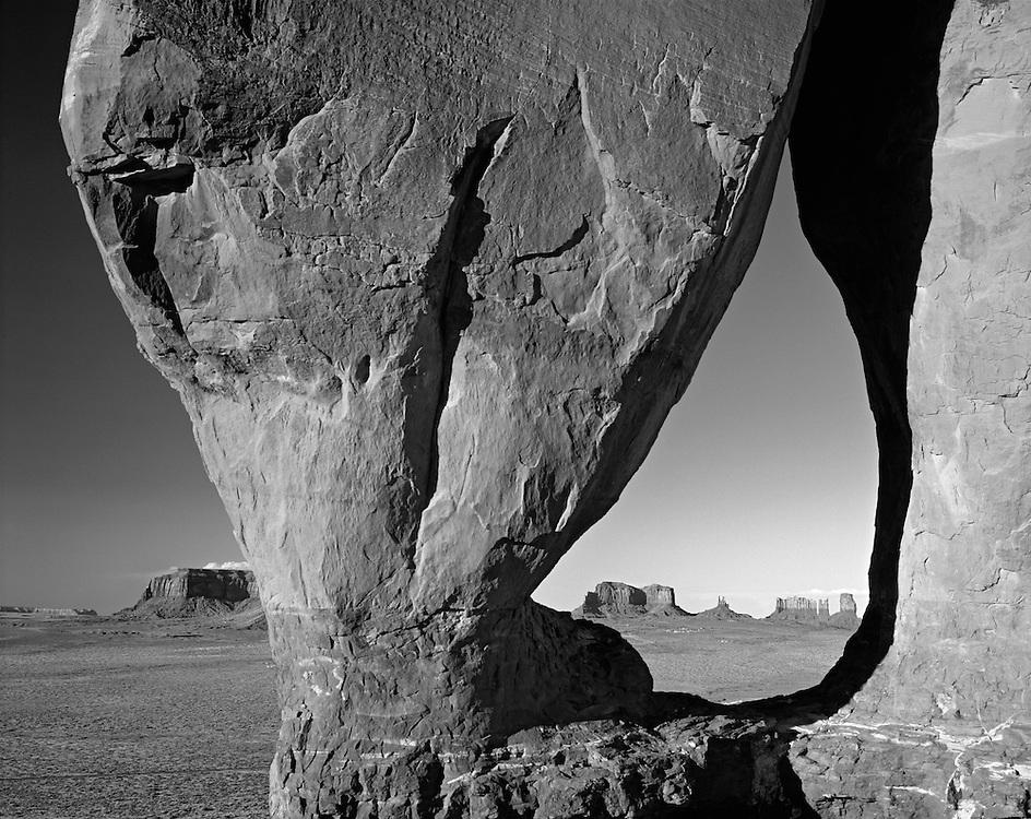 Tear Drop Arch, Arizona, Utah, Monument Valley, Navajo Nation