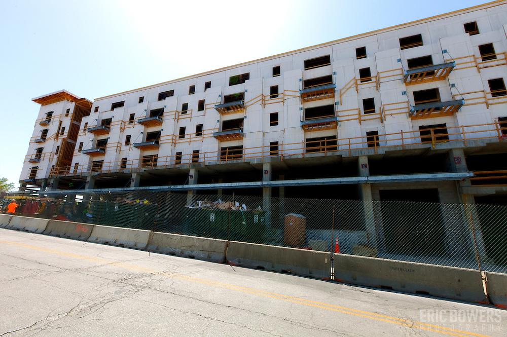 Construction progress of 51 Main luxury apartments at intersection of 51st and Main Streets, Kansas City, Missouri.