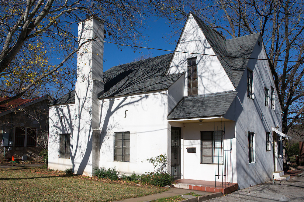 White clap-board house in Fredericksburg, Texas