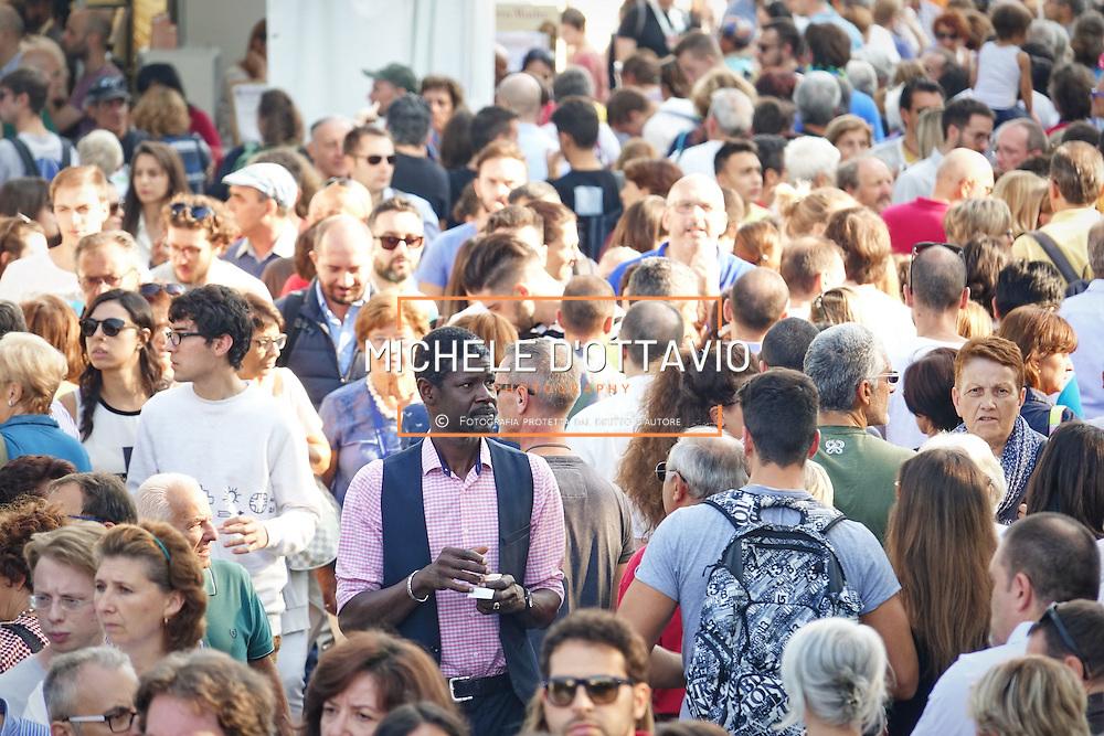 Terra Madre Salone del Gusto 2016, grande folla tra gli stand nel parco del Valentino