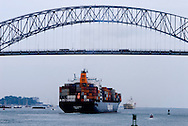 Barco carguero navegando por el Canal de Panama en la zona de El puente la Americas.<br /> Foto: Ramon Lepage / Istmophoto