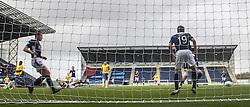 Cowdenbeath's Sean Higgins misses a first half chance.<br /> Falkirk 6 v 0 Cowdenbeath, Scottish Championship game played at The Falkirk Stadium, 25/10/2014.