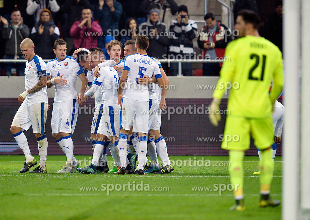 13.11.2015, Antona Malatinskeho Stadion, Trnava, SVK, Testspiel, Slowakei vs Schweiz, im Bild Slovak players reacts after goal // Slovak players reacts after goal during the International Football Friendly Match between Slovakia and Switzerland at the Antona Malatinskeho Stadion in Trnava, Slovakia on 2015/11/13. EXPA Pictures © 2015, PhotoCredit: EXPA/ Radovan Stoklasa