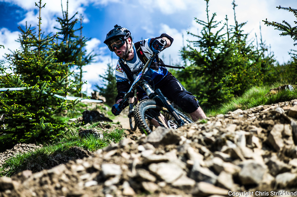 Innerleithen, Peebles, Tweed Valley, Scotland, UK. 22nd May 2016. Mountain bikers compete in the Shimano International Enduro during Tweedlove Bike Festival in the Scottish Borders.