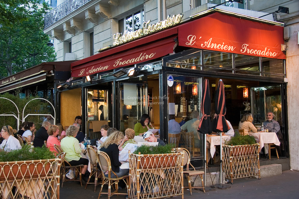 L Ancien Trocadero Restaurant At Place Du Trocadero