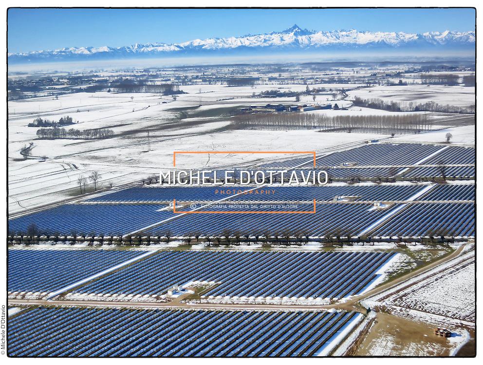 Impianto fotovoltaica Banna, situato nel Comune di Riva presso Chieri (TO).   .Il parco solare, nato dalla collaborazione tra le società Solesa, Solarhybrid, Intes ed EnviCons si sviluppa su una superficie di 26,2 ettari ed ha una potenza  installata di circa 9500 kWp.