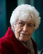 OSLO, 20131025:  Ingrid Espelid Hovig har kommet med ny bok, men i dette intervjuet snakker hun om kj&aelig;rlighet.  <br /> FOTO;  TOM HANSEN