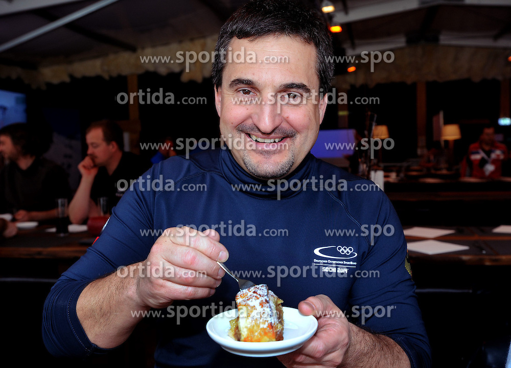 14.02.2014, Austria Tirol House, Krasnaya Polyana, RUS, Sochi, 2014, im Bild SCHORSCH HACKL MIT APFELSTRUDEL // SCHORSCH HACKL MIT APFELSTRUDEL during the Olympic Winter Games Sochi 2014 at the Austria Tirol House in Krasnaya Polyana, Russia on 2014/02/14. EXPA Pictures © 2014, PhotoCredit: EXPA/ Erich Spiess