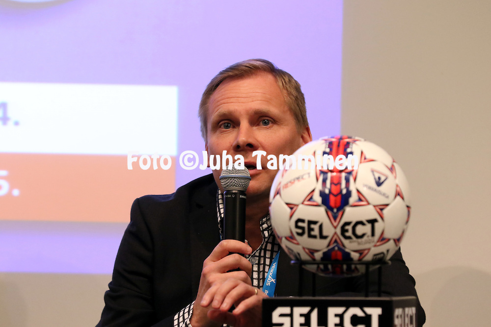 1.4.2015, Helsinki. <br /> Veikkausliigan 2015 Media-avaus.<br /> Valmentaja Toni Korkeakunnas - FC Lahti