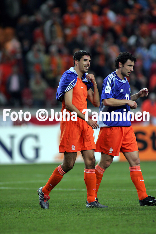 13.10.2004, Amsterdam ArenA, Amsterdam, Holland..FIFA World Cup 2006 Qualifying Match, .Holland v Finland..Roy Makaay and Mark van Bommel ot Holland wearing exchanged Finland shirts after the match. .©Juha Tamminen.....ARK:k