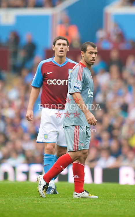 BIRMINGHAM, ENGLAND - Sunday, August 31, 2008: Liverpool's Javier Mascherano and Aston Villa's Gareth Barry during the Premiership match at Villa Park. (Photo by David Rawcliffe/Propaganda)