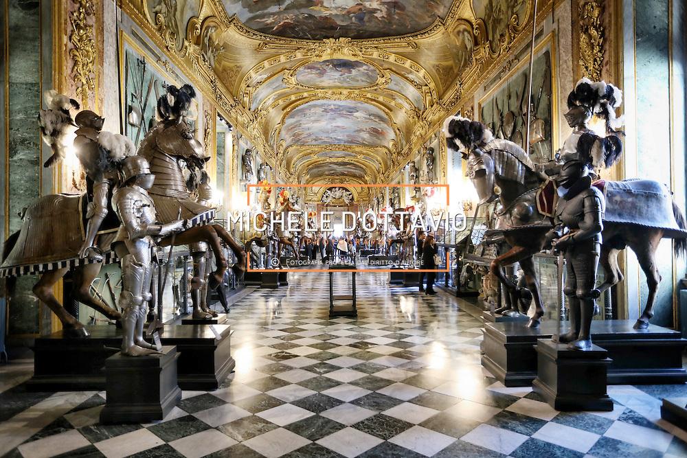Nuova illuminazione a led nella Galleria Beaumont dell'Armeria Reale di Torino.