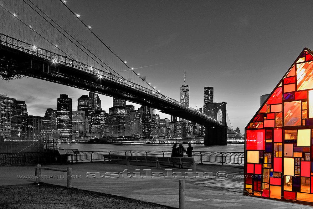 Brooklyn Bridge and Manhattan, New York.