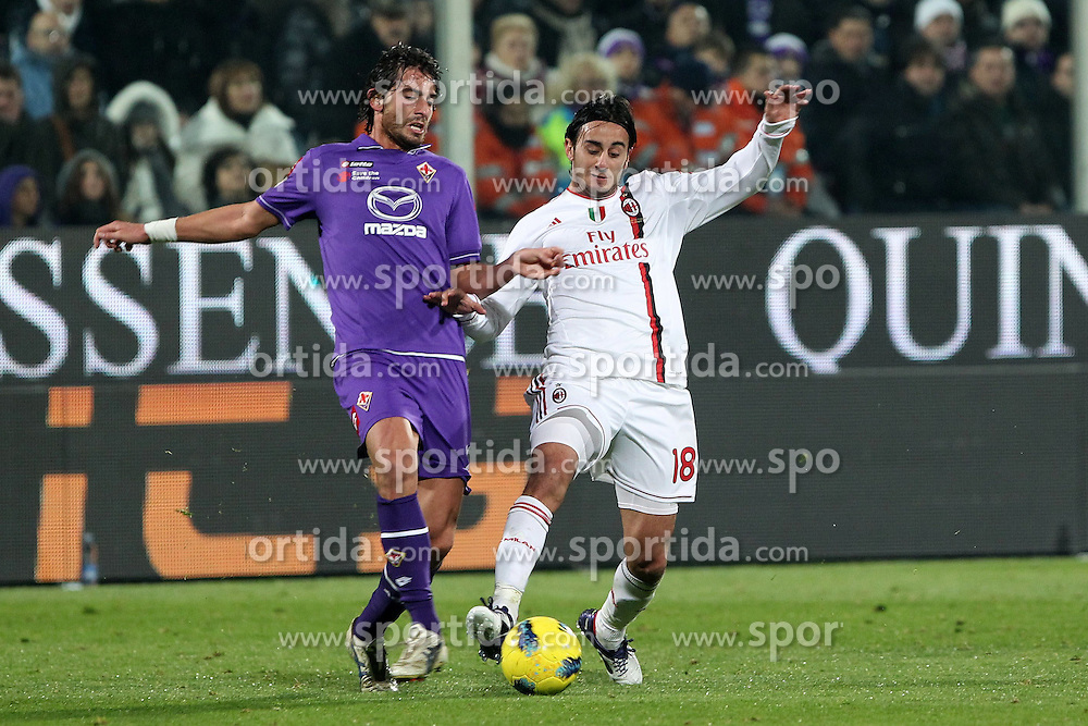 19.11.2011, Stadion Artemio Franchi, Florenz, ITA, Serie A, AC Florenz vs AC Mailand, 12. Spieltag, im Bild Gianni Munari Fiorentina Alberto Aquilani Milan // during the football match of Italian 'Serie A' league, 12th round, between AC Florenz and AC Mailand at Stadium Artemio Franchi, Florence, Italy on 19/11/2011. EXPA Pictures © 2011, PhotoCredit: EXPA/ Insidefoto/ Paolo Nucci..***** ATTENTION - for AUT, SLO, CRO, SRB, SUI and SWE only *****