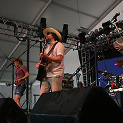 June 17, 2006; Manchester, TN.  2006 Bonnaroo Music Festival..Rusted Root peforms at Bonnaroo 2006.  Photo by Bryan Rinnert