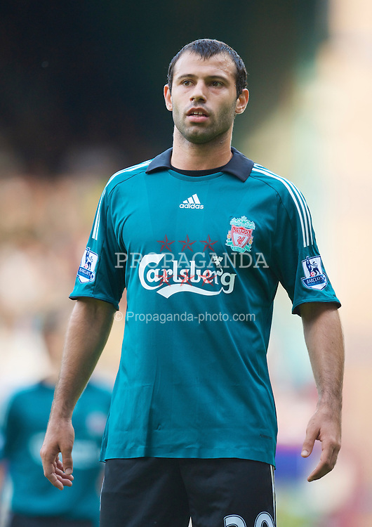 LONDON, ENGLAND - Saturday, May 9, 2009: Liverpool's Javier Mascherano in action against West Ham United during the Premiership match at Upton Park. (Photo by David Rawcliffe/Propaganda)