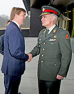 25-3-2015 - SOEST - generaal Tom Middendorp Koning Willem Alexander is woensdag 25 maart 2015 aanwezig bij de afsluiting van de Future Force Conference 2015 in het Nationaal Militair Museum in Soest. Voorafgaand aan de afsluiting ontvangt de Koning de opperbevelhebber van de NAVO-strijdkrachten (Saceur), generaal Philip Breedlove in het museum in audi&euml;ntie. COPYRIGHT ROBIN UTRECHT<br /> 25-3-2015 - SOEST - King Willem Alexander is Wednesday, March 25, 2015 attends at the conclusion of the Future Force 2015 Conference in the National Military Museum in Soest. King receives the commander of NATO forces (SACEUR), General Philip Breedlove in the museum audience. COPYRIGHT ROBIN UTRECHT<br /> Copyright:<br /> RU<br /> Creation Date:<br /> 2015-03-25 16:06:55 CET<br /> Author:<br /> ROBIN UTRECHT<br /> EXIF<br /> Stats<br /> Located In