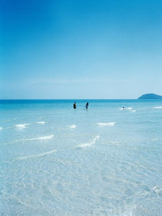 Swimmers at Bai Sao (Star Beach.)
