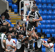 Reading, GREAT BRITAIN,  Exiles Niick KENNEDY collects the line out ball during the second half of the  Guinness Premiership match London Irish vs Newcastle Falcons, at Madejski. England, Sun. 23.09.2007  [Mandatory Credit, Peter Spurrier/Intersport-images].....