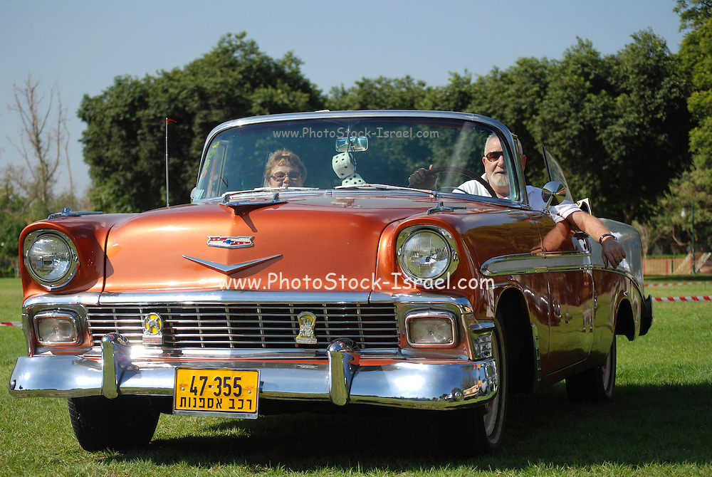 Chevrolet Bel Air Convertible 1956 front view