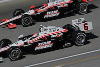 Ryan Briscoe, Helio Castroneves, Peak Antifreeze and Motor Oil Indy 300, Chicagoland Speedway, Joliet, IL 8/28/2010