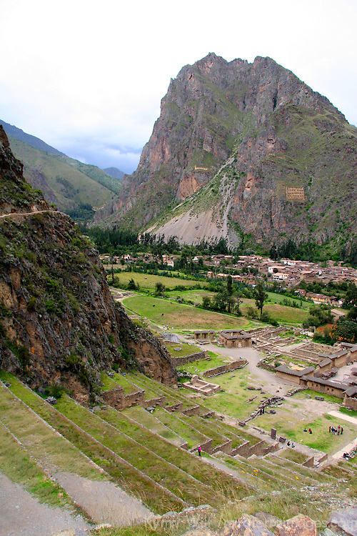 Americas, South America, Peru, Ollanta. The ancient ruins of Ollantaytambo, an Incan archeological site in the Urubamba Valley.