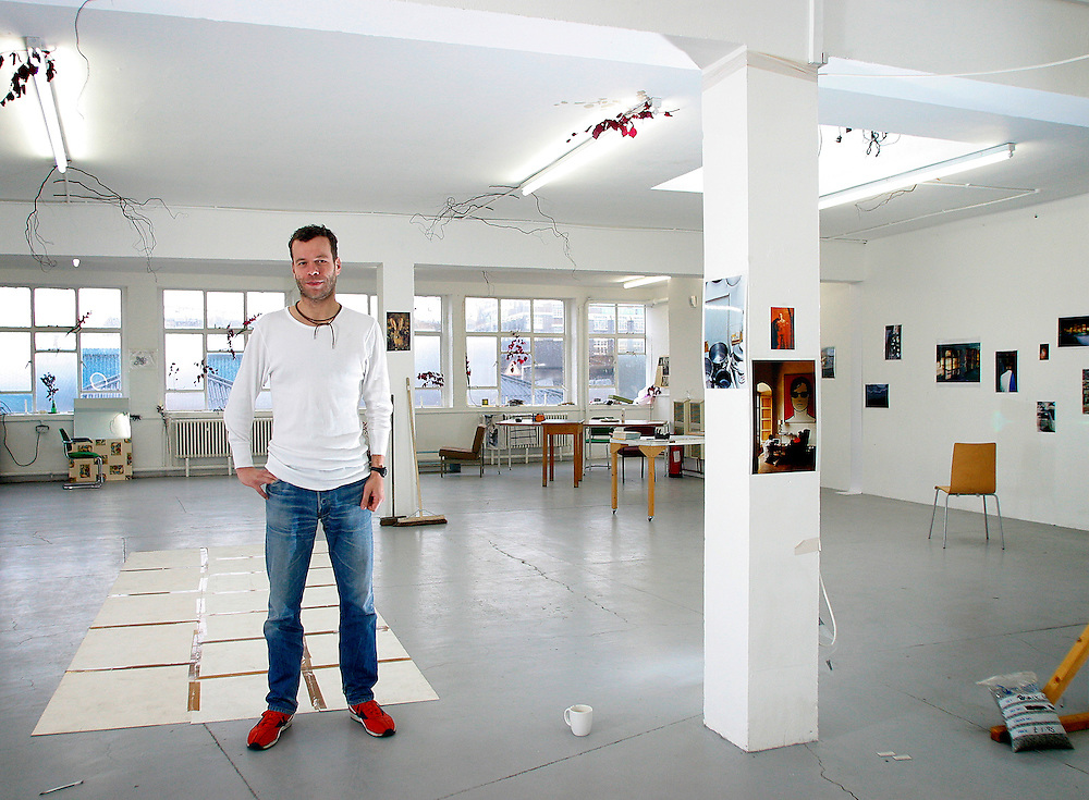 UK ENGLAND LONDON 8NOV02 - Art photographer and Turner Prize winner Wolfgang Tillmans inside his studio in Bethnal Green, East London.<br /> Photography by Jiri Rezac<br /> Tel 0044 07947 884 517<br /> www.linkphotographers.com
