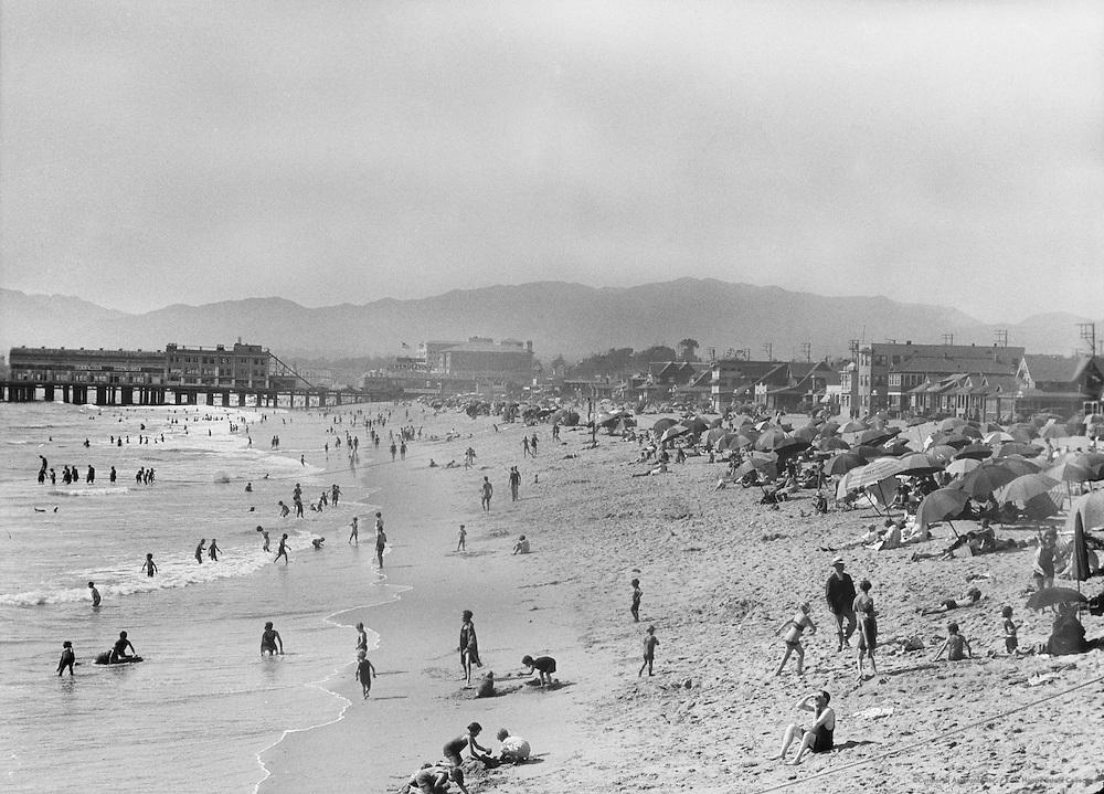 Santa Monica Beach, California, USA, 1926