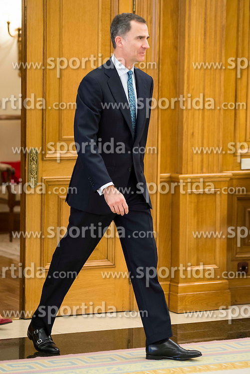 22.04.2016, Zarzuela Palace in d, Madrid, ESP, Spanisches K&ouml;nigshaus, Empfang f&uuml;r Javier Fernandez Lopez (Weltmeister Figure Skating), im Bild King Felipe VI of Spain and Queen Letizia // receive in audience to the World Champions Figure Skating, Javier Fernandez Lopez at Zarzuela Palace in d in Madrid, Spain on 2016/04/22. EXPA Pictures &copy; 2016, PhotoCredit: EXPA/ Alterphotos/ Borja B.Hojas<br /> <br /> *****ATTENTION - OUT of ESP, SUI*****