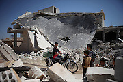 Taftanaz northeast of Idlib city was seriouosly attacked in April by helicopters from a nearby air base. Dozens of houses were bombed to the ground and many peolpe were killed as well.