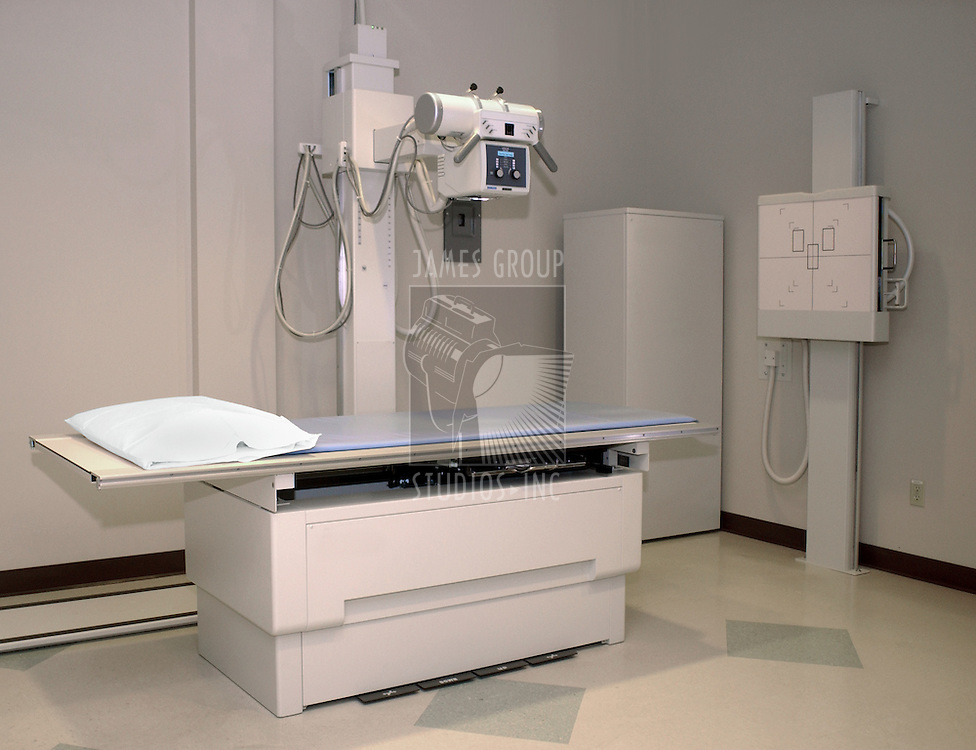 x-ray machine without people