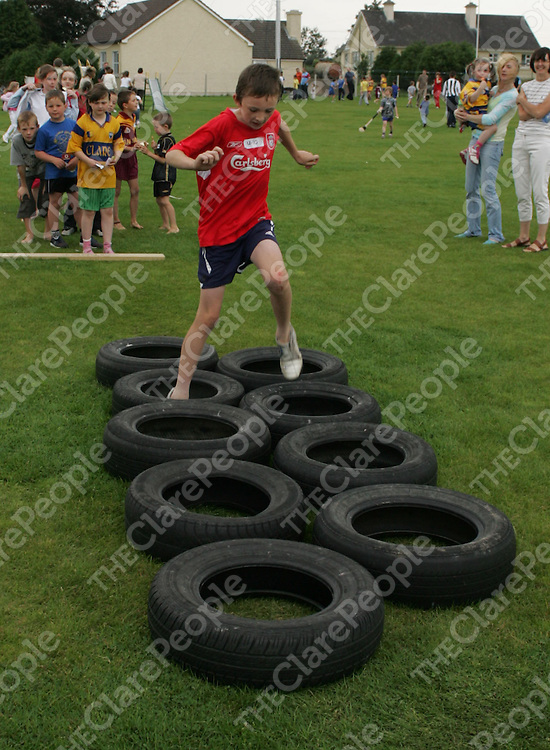 Padraic Mulconroy running a obstacle course at the O'Callaghan's Mills Fun Day .<br /> Pic.Brian Gavin/Press 22