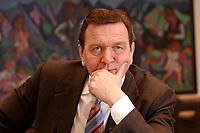 09 JAN 2002, BERLIN/GERMANY:<br /> Gerhard Schroeder, SPD, Bundeskanzler, waehrend einem Interiew, in seinem Buero, Bundeskanzleramt<br /> Gerhard Schroeder, SPD, Federal Chancellor of Germany, during an interview, in his office<br /> IMAGE: 20020109-02-025<br /> KEYWORDS: Gerhard Schr&ouml;der