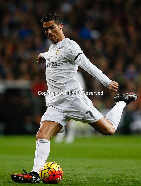 Zinedine Zidane first game as coach of Real Madrid. Cristiano Ronaldo ...