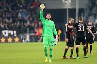 Torino - 25.01.2017 - Coppa Italia Tim   -  Juventus-Milan   - nella foto:  Gianluigi Donnarumma saluta i tifosi a fine partita