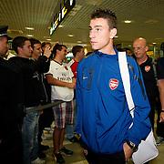 Arsenal arrive in Belgrade