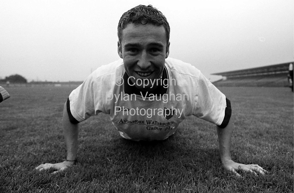 6/7/98 IRISH INDEPENDENT SPORT.WATERFORDS DAVE BENNETT PICTURED IN TRAINING AT WALSH PARK IN WATERFORD LAST NIGHT.PICTURE DYLAN VAUGHAN.