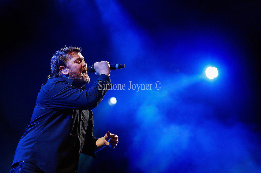 Guy Garvey of Elbow performs live on the Main Stage during day three of Reading Festival 2011 on August 28, 2011 in Reading, England.  (Photo by Simone Joyner)